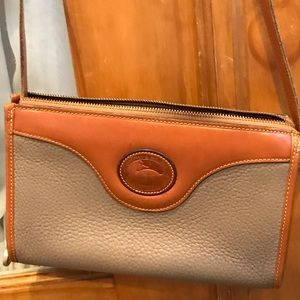 Vintage Dooney & Bourke shoulder bag